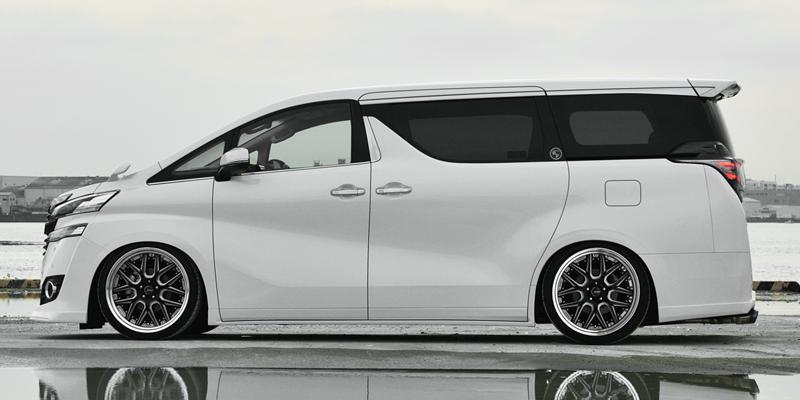 30ヴェルファイア 標準車 エアロパーツサイズ